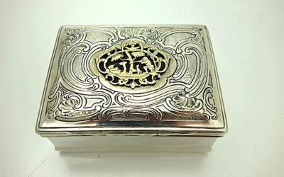 Rokoko Silber Tabatiere mit jagdlichem Dekor, Augsburg