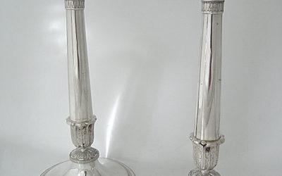 Paar elegante Silber Kerzenleuchter aus Brüssel, 19 Jahrhundert