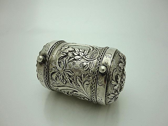 Sehr seltene Barock Silber Talerdose aus Itzehoe in Holstein, 18. Jahrhundert