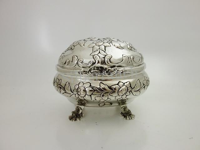 Rokoko Zuckerdose aus Silber, Magdeburg 18 Jahrhundert