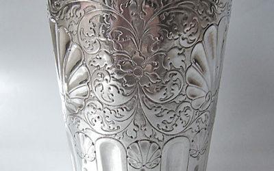 Großer schlesischer barocker Silberbecher, frühes 18. Jahrhundert